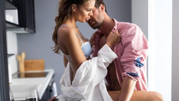 O que as mulheres querem na cama? Posições sexuais preferidas