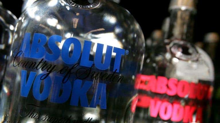 Campanha da Absolut celebra o amor gay