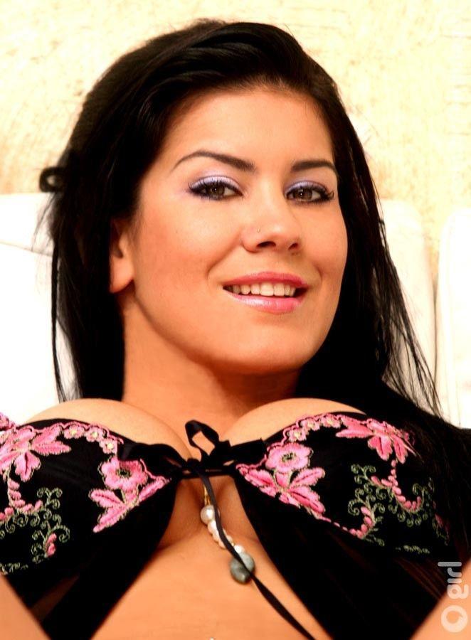 Bruna Ferraz: a rainha do pornô brasileiro