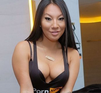 Asa Akira: a atriz pornográfica americana que arranca suspiros
