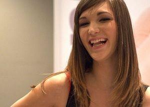 Holly Michaels: a modelo adolescente que entrou para o pornô